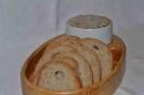 Lopár s masťou a chlebom